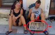 E pa dëgjuar në Shkodër: Turistët lypin për alkool e hashash