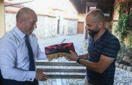 Haradinaj viziton Teqen e Halvetive në Prizren