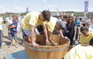 Festa në Rahovec vazhdon edhe sot (Foto)