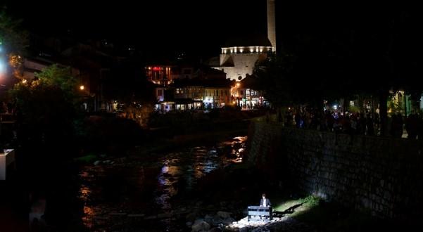 Prizren: Lundrimi unik artistik me Autostrada Biennale