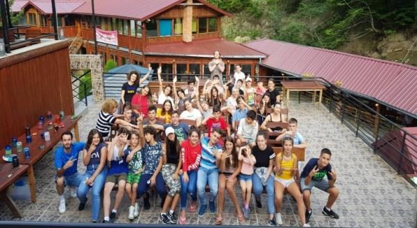 Përfundon shkolla verore për nxënësit nga diaspora