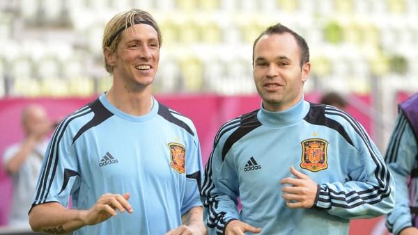 Iniesta me letër emocionuese për Torresin për pensionimin e tij