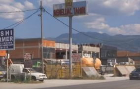 Prizren, telashet me rrymë dëmtojnë bizneset (VIDEO)