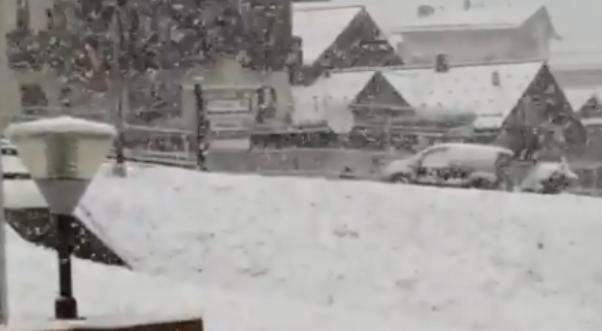 Bie borë në Itali dhe Austri