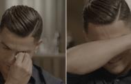 Ronaldo shpërthen në lot kur i tregohet një video e babait të ndjerë duke folur me krenari për të