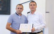 Ministri Gashi ndau mirënjohje për ish-mundësin Sadik Ferati