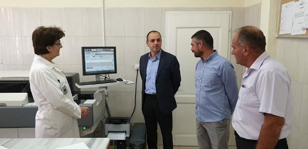 Kapaciteti i analizave në QKMF të Prizrenit/ 800 analiza për orë