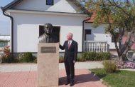 Sabri Kiçmari viziton Shtëpinë Muze të Ukshin Hotit