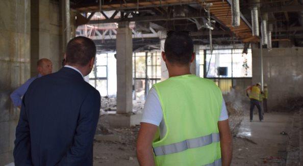 Vazhdon renovimi i ndërtesës së administratës në Prizren pas sqarimit me AKP-në