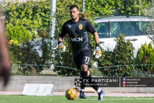 Portieri i Partizanit u hodh nga kati i 6-të pas një grindjeje me partneren