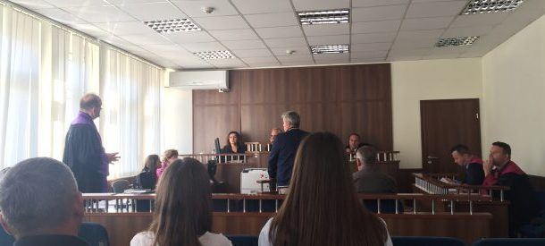 Gjykimi ndaj ish-inspektorit në Prizren/ Bujar Hasani thotë se çështja e rrënimeve pa leje është detyrë e inspektorëve