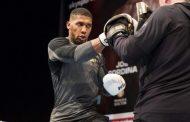Joshua stërvitje me boksierin Alban Përvizaj, në prag të duelit me Ruiz