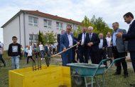 """Nis ndërtimi i objekti të ri të shkollës """"Emin Duraku"""" në Dragobil"""