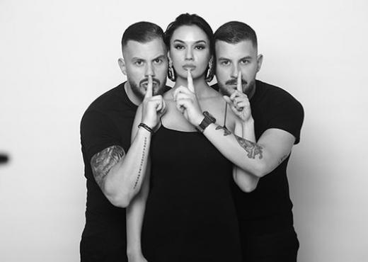 """""""Jo vetëm shoqet"""", Bora Zemani nxjerr zbuluar vëllezërit Veshja (FOTO LAJM)"""