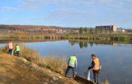 Pastrohet ambienti përreth liqenit në Mirushë