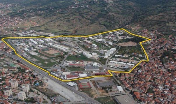 Rikthehen  në  Durrës  të strehuarit në ish-kampin e KFOR-it në Prizren