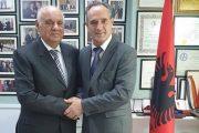 Ambasadori Nait Hasani takohet me ish-presidentin Moisiu