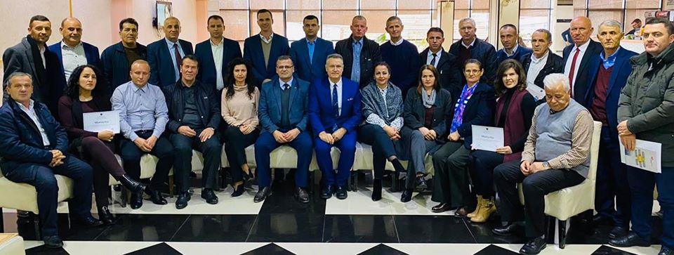 Hoti ndan mirënjohje për drejtorët e shkollave të Malishevës