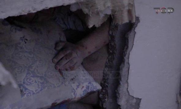 Ekskluzive / Betoni i zuri gjysmën e trupit Klement Çupit, qëndroi 15 orë nën rrënoja