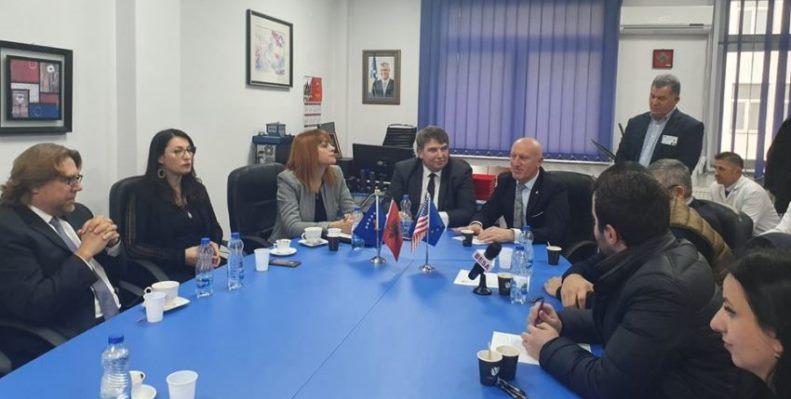Në Spitalin e Prizrenit, përurorhen pajisje në vlerë 300 mijë euro