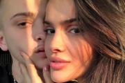 Publikoi momente intime me Feron, Arbenita pendohet dhe fshin këtë foto