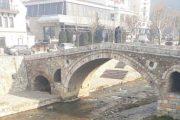 Fillon aksioni i pastrimit të Lumbardhit në Prizren