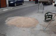 Sanohen dëmtimet  në rrugët trotuaret dhe hapësirat tjera publike në Prizren (Foto)
