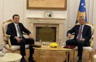 Thaçi e shpall dekretimin e Albin Kurtit për kryeministër