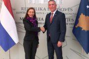 Quni dhe ambasadorja Willems flasin për zhvillimin dhe tranzicionin e FSK-së