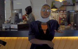 Kërkohet arrestimi i reperes saudite për këngën ku lavdëronte vajzat nga Meka