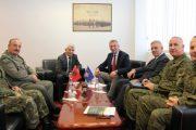 Quni dhe ambasadori Minxhozi flasin për zhvillimet në FSK