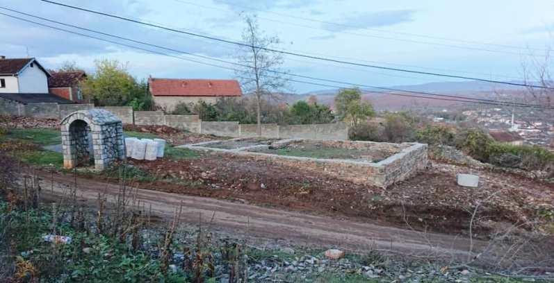 Restaurohet xhamia e vjetër e fshatit Shkozë të Malishevës